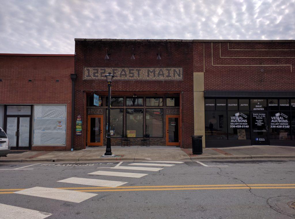 122 East Main St, Elkin