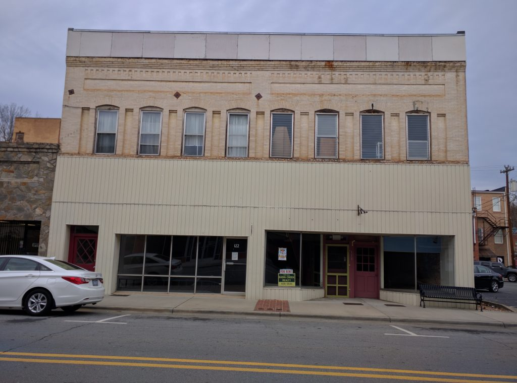 122, 120, & 118 West Main St, Elkin